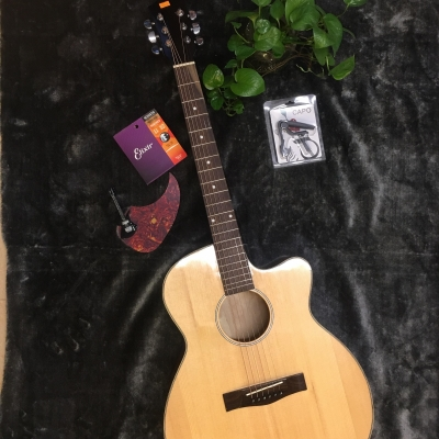 Đàn Guitar AC130 màu mặt gỗ