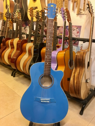 Đàn Guitar Acoustic Màu Xanh Nước Biển