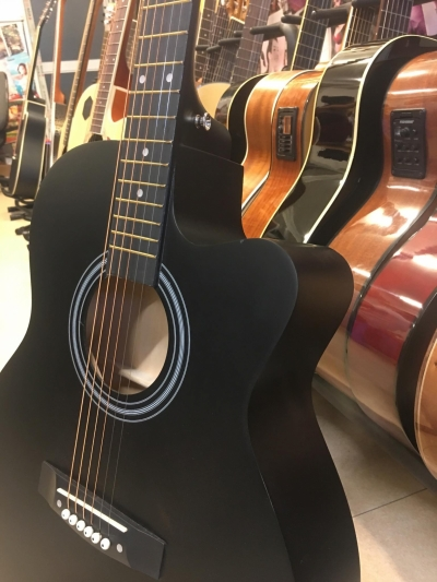 Đàn Guitar Acoustic màu đen