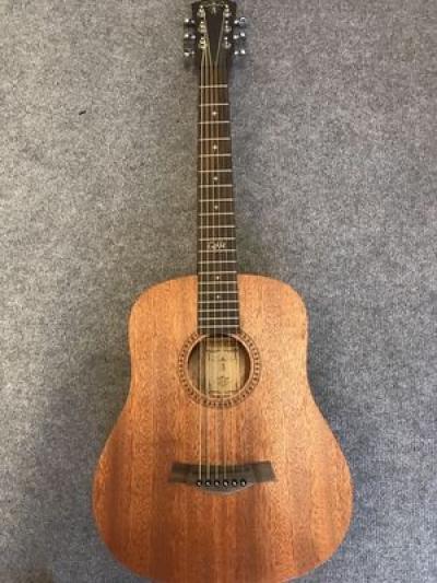 Đàn Acoustic mini M100