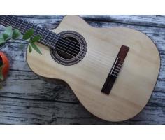 Guitar Ân C30C