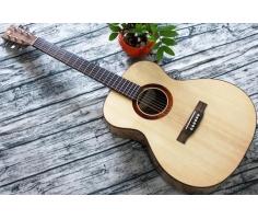 Guitar Ân OM40