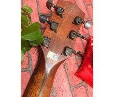 Đàn Guitar Rosen G15 màu mặt gỗ