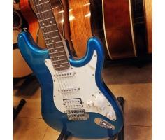 Đàn guitar điện xanh
