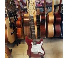 Đàn guitar điện màu đỏ
