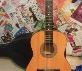 Đàn Guitar Tập Giá Sinh Viên